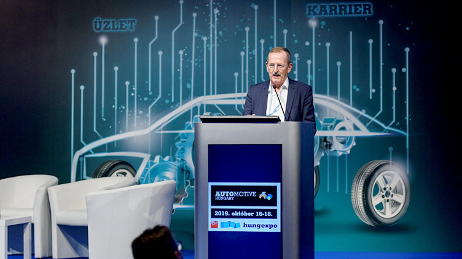Speaker Günther Schulze at Automotive Hungary Expo conference