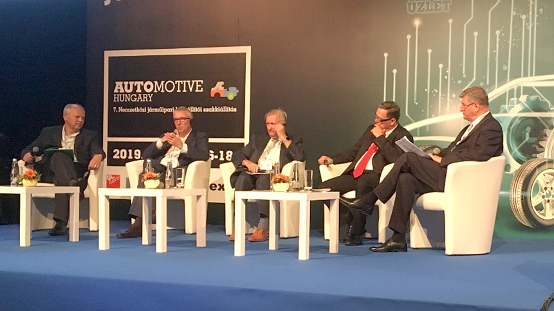 Uwe Mang, SEG Automotive, as a guest speaker in a panel discussion at Automotive Hungary Expo